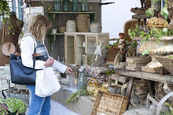 De Brocantemarkt van Zutphen: Een unieke en Franse sfeer!