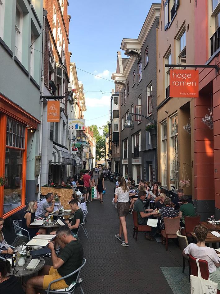 Veel eetculturen in één straat