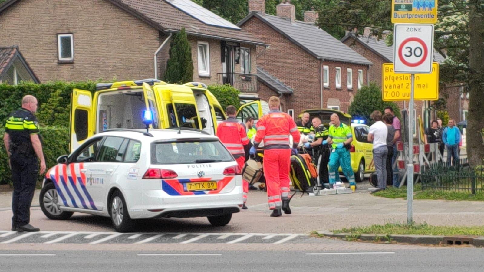 Scooterrijder ernstig gewond na ongeval in Apeldoorn