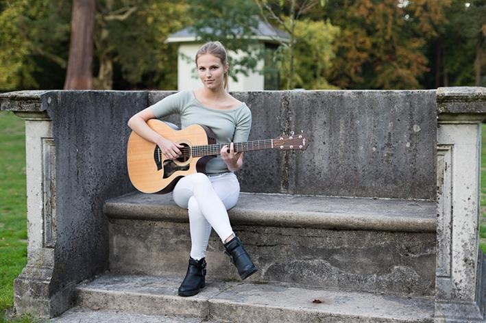 'Met countrypop zit je alsnel in Ilse DeLange-hokje'