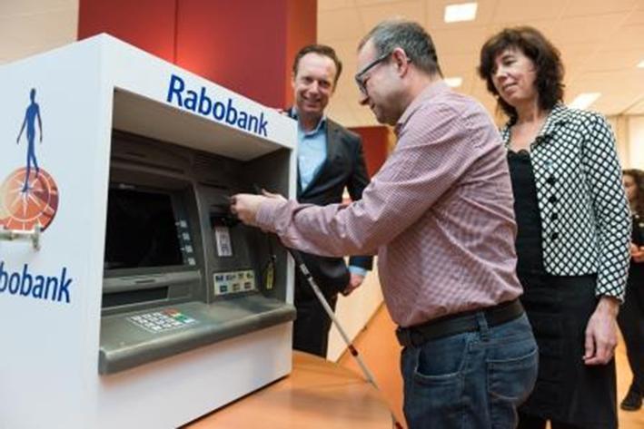 Rabobank helpt cliëntennVisio met pinnen