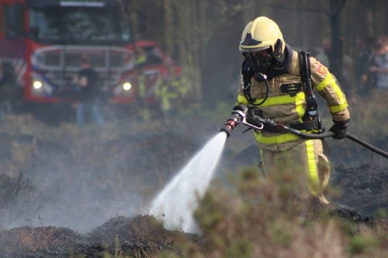 Heidebrand bij Epe aangestoken