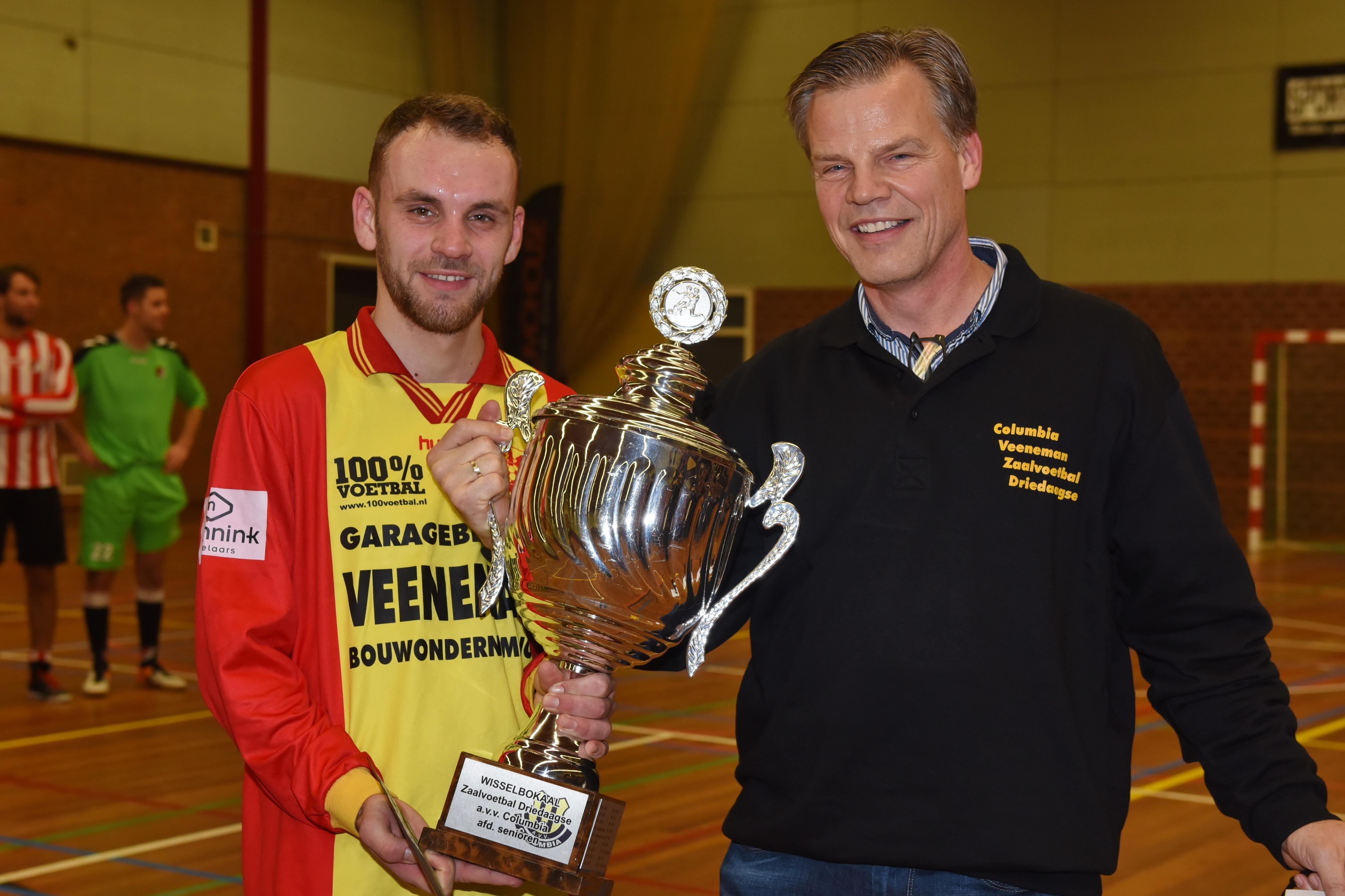 csv Apeldoorn winnaar 34e editie Columbia Veeneman Zaalvoetbaldriedaagse