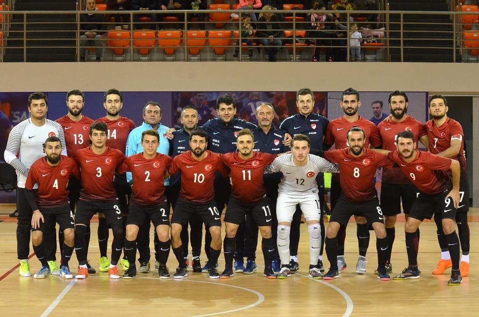 Apeldoorner Alpay Yuzgec international voor Turkije