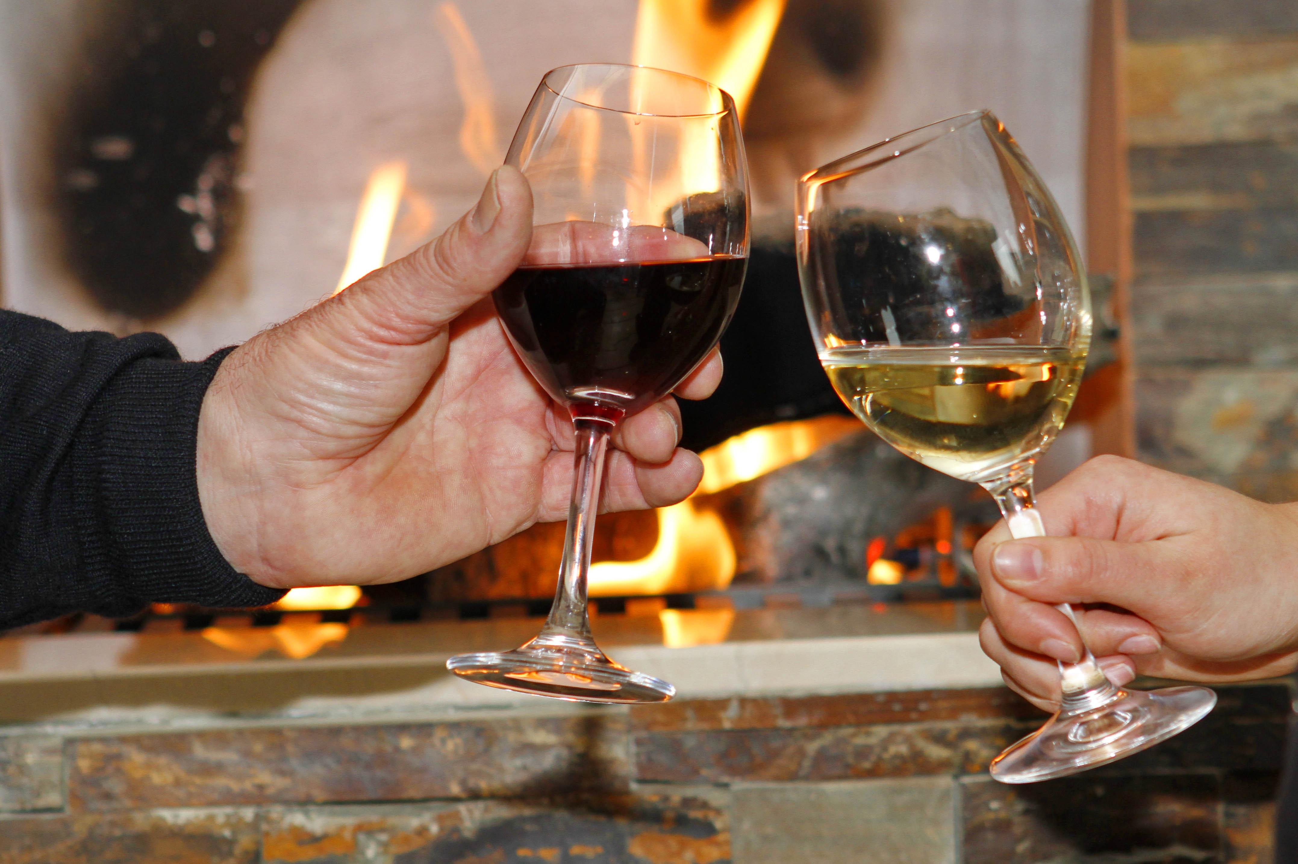 Wijnproeverij in kerk