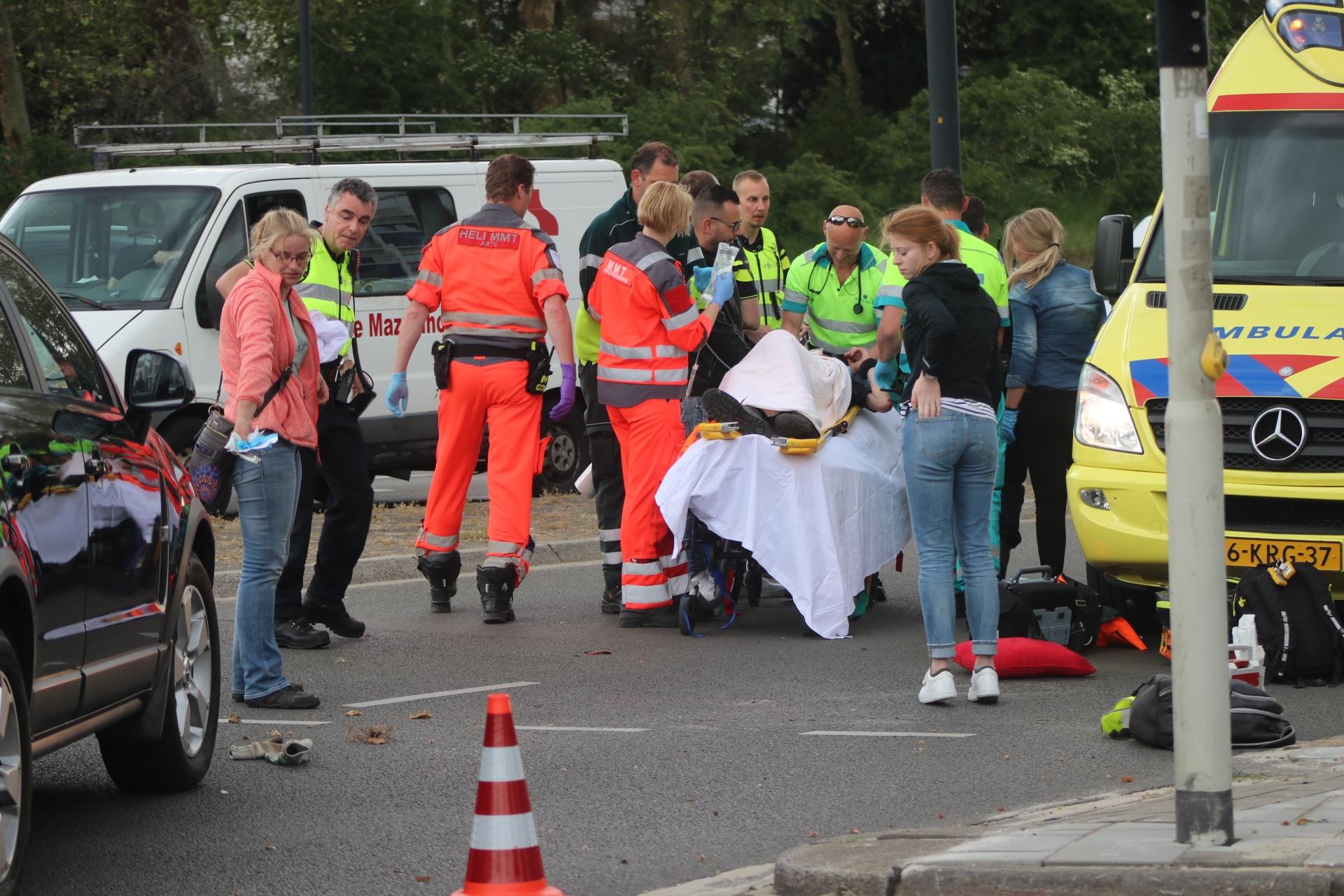 Traumahelikopter landt voor ernstig ongeval in Apeldoorn