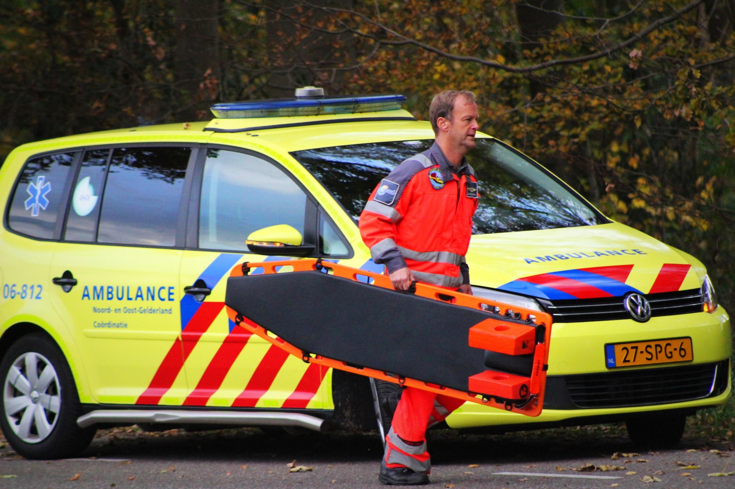 Jongetje (7) Ernstig gewond bij snoeiwerkzaamheden in Wilp