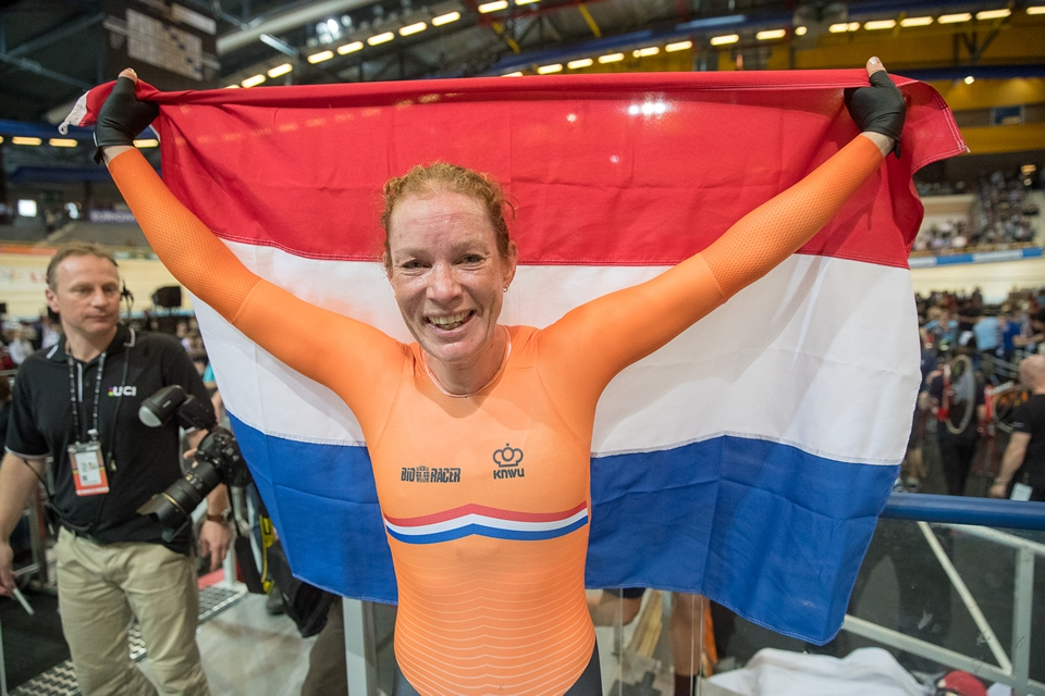 Oranje boven op slotdag WK Baanwielrennen
