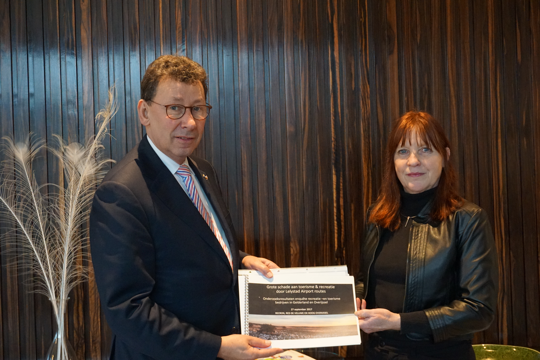 Zorgen laagvliegroutes gedeeld met Commissaris Clemens Cornielje