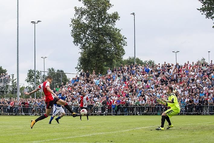 Eerste goal voor Diksin het Feyenoordshirt