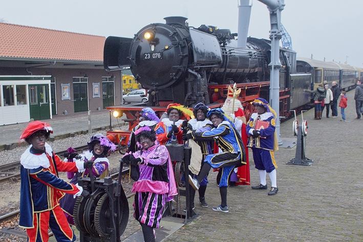 Samen met Sinterklaasstomen over de Veluwe