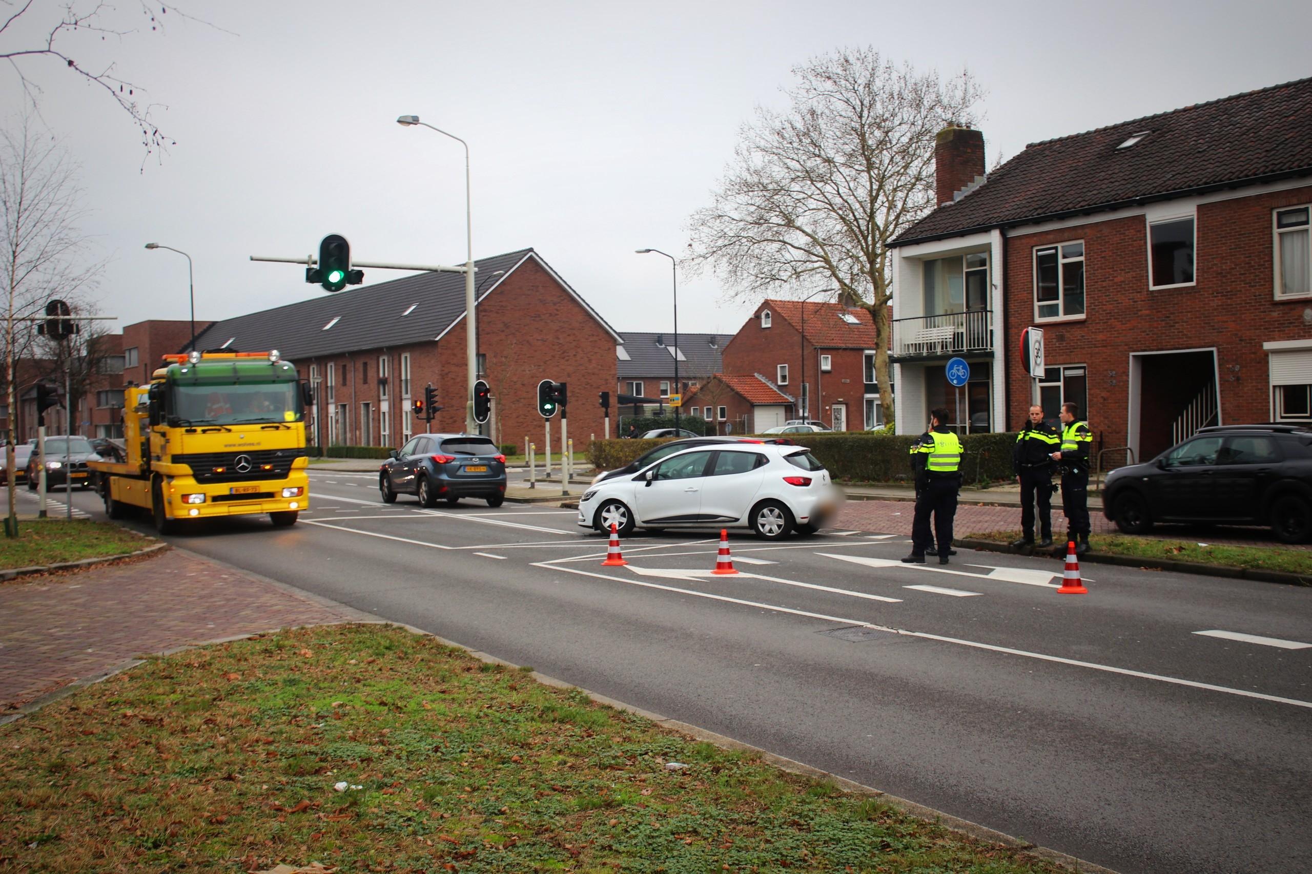 Politieauto betrokken bij ongeval in Apeldoorn