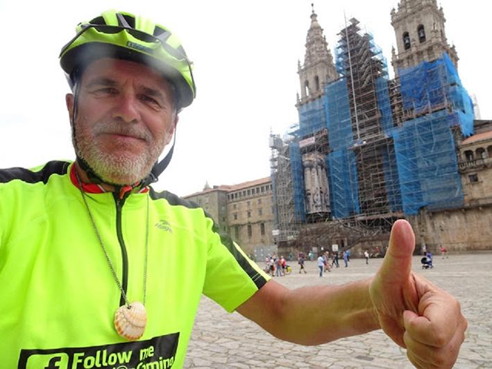 Apeldoorner fietst pelgrimstocht voor het goede doel