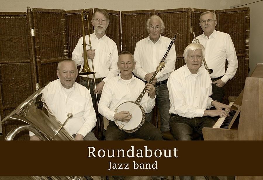 Zondag 19 mei Roundabout Jazz band in De Kuip