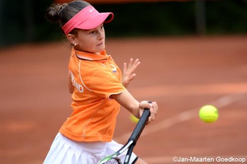 11-Jarige tennister Rose Nijkamp geselecteerd voor EK