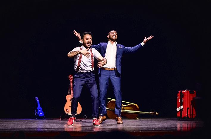Molukse theaterbroers richten zich op iets nieuws