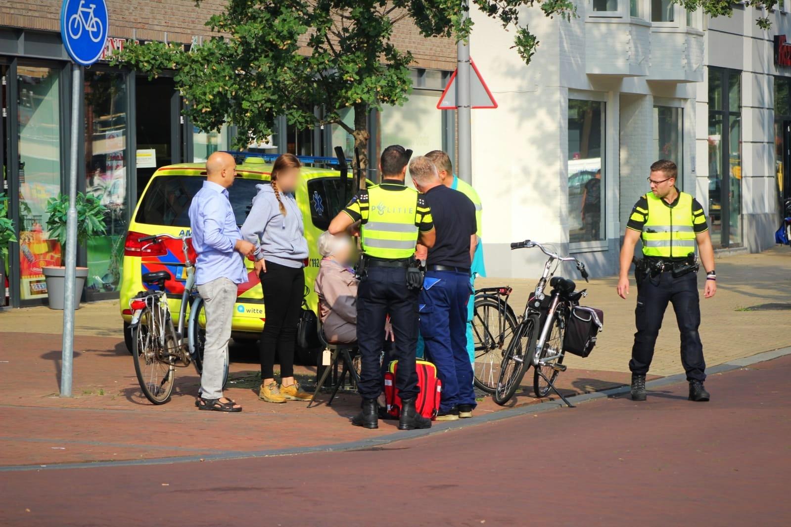 Vrouw gewond na botsing met fiets