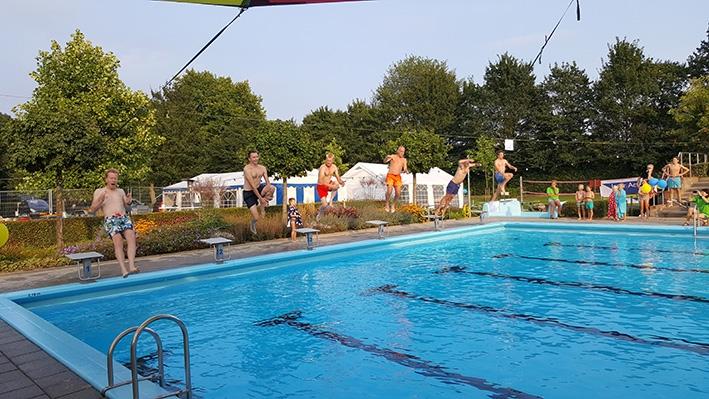 Zwembad Steenderen start voorverkoop met vernieuwd aanbod