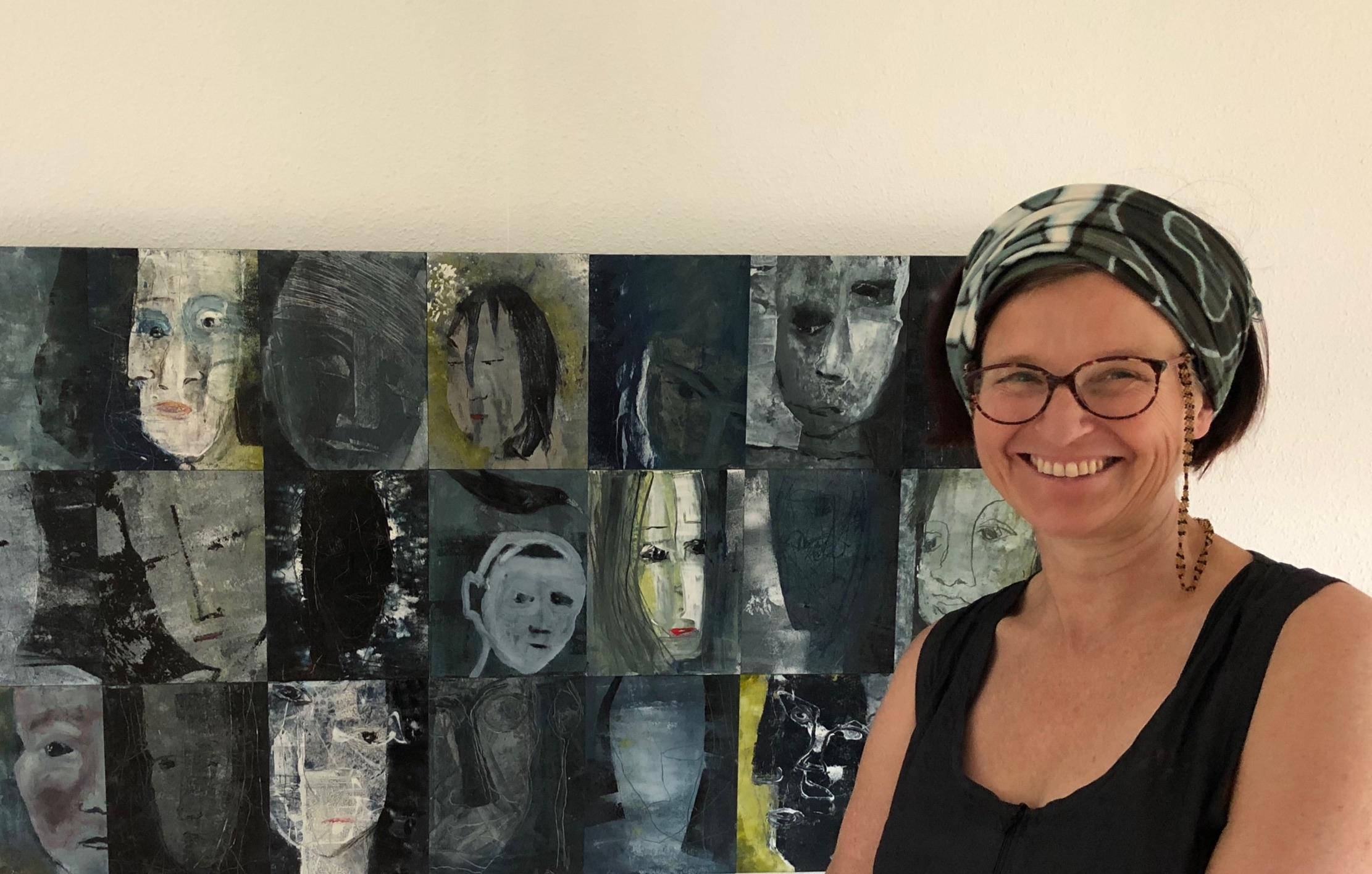 365 zelfportretten gevat in een prachtige uitgave