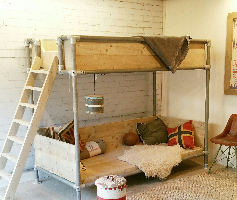 De veelzijdigheid van steigerhouten meubelen