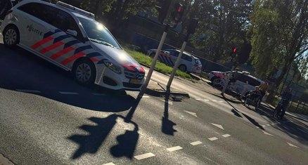 Politieauto rijdt jongetje aan