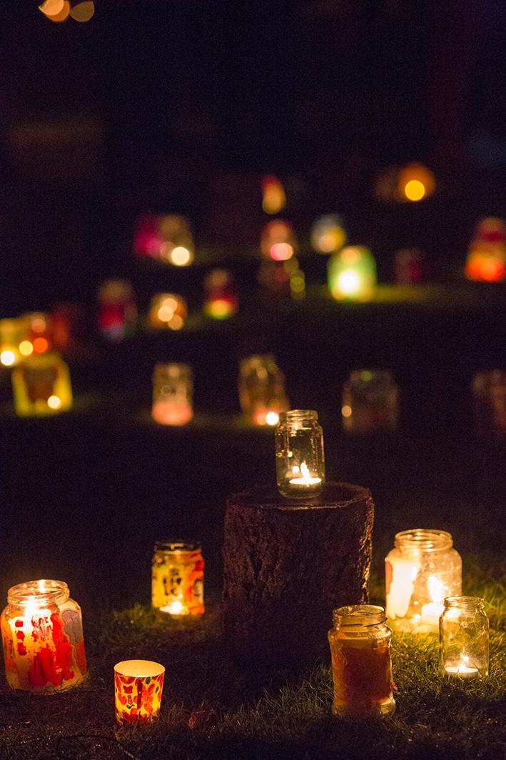 Gestorven kinderen wordenherdacht op Wereldlichtjesdag