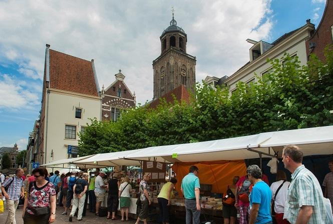 Boekenmarkt grootste van Europa