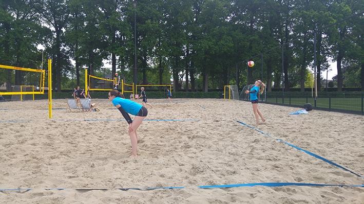 Beachvolleybalsters willen titel