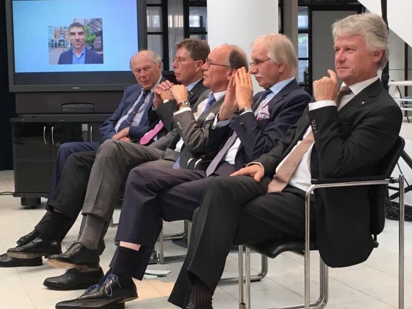 Burgemeesters aanwezig bij boekpresentatie