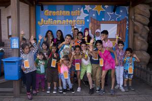 Julianatoren bezorgt 500 vergeten kinderen een heerlijke dag vol speelplezier