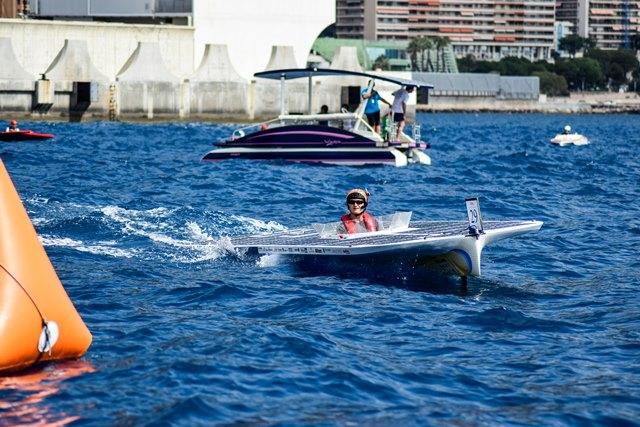 Boot Olmar gaat als een zonnetje