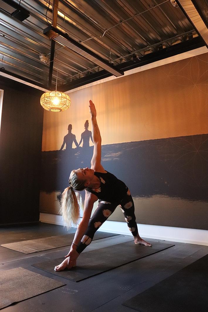Hot yoga bij Spirit of Yoga