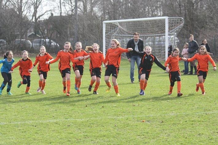 Eerbeekse Boys zet vol in op meidenvoetbal