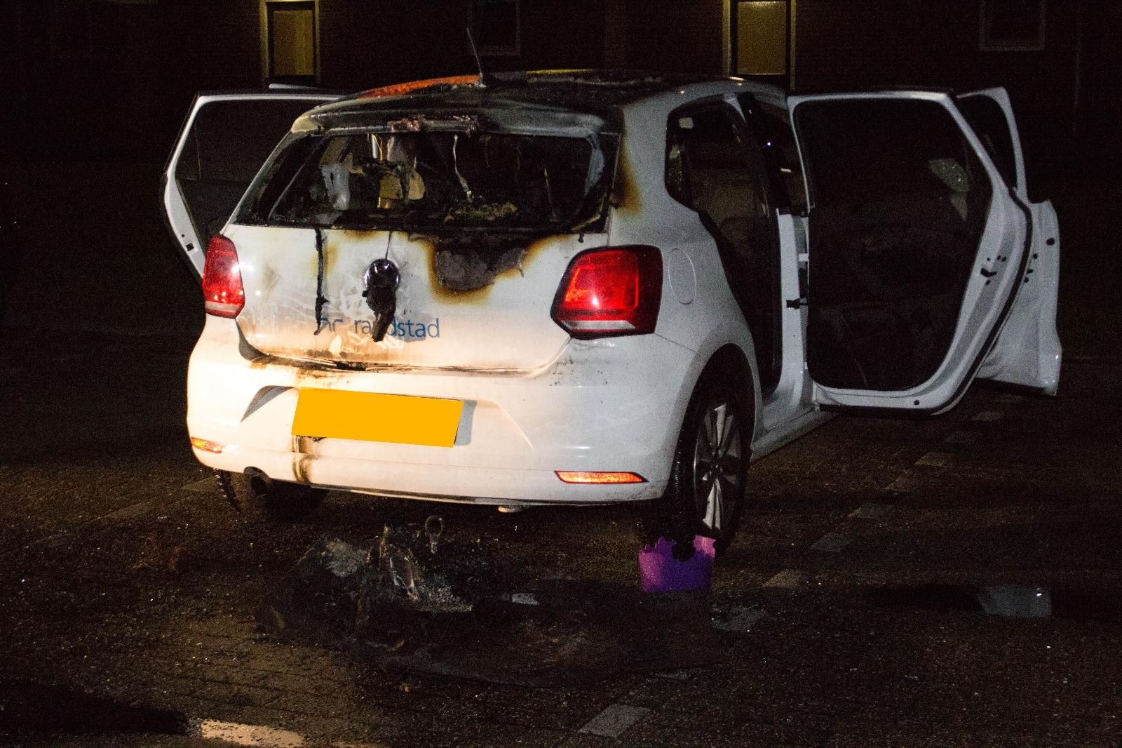 Opnieuw autobrand aan Suikerbrink in Vaassen