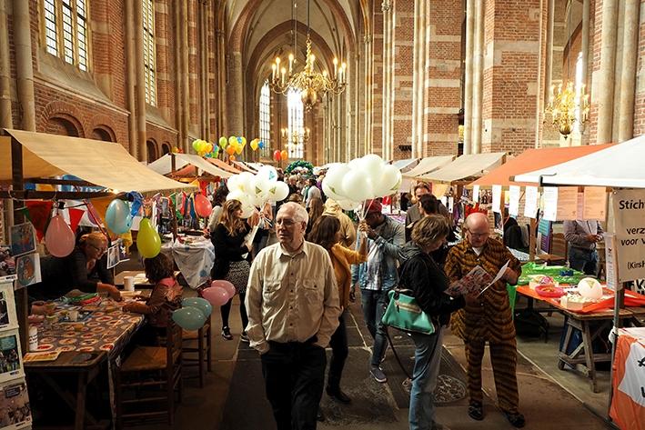 Vrijetijdsmarkt in Lebuïnuskerk