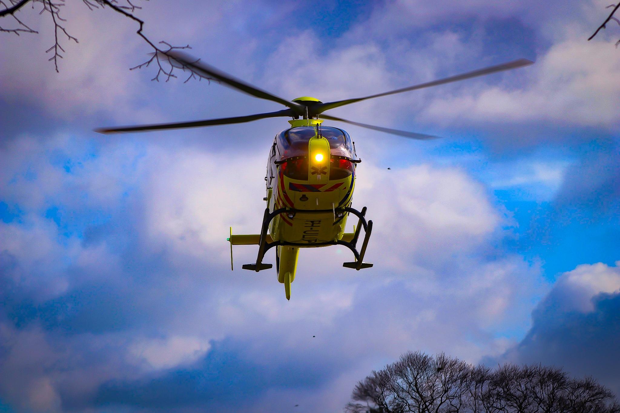 Traumahelikopter opgeroepen voor ongeval op de Jachtlaan in Apeldoorn