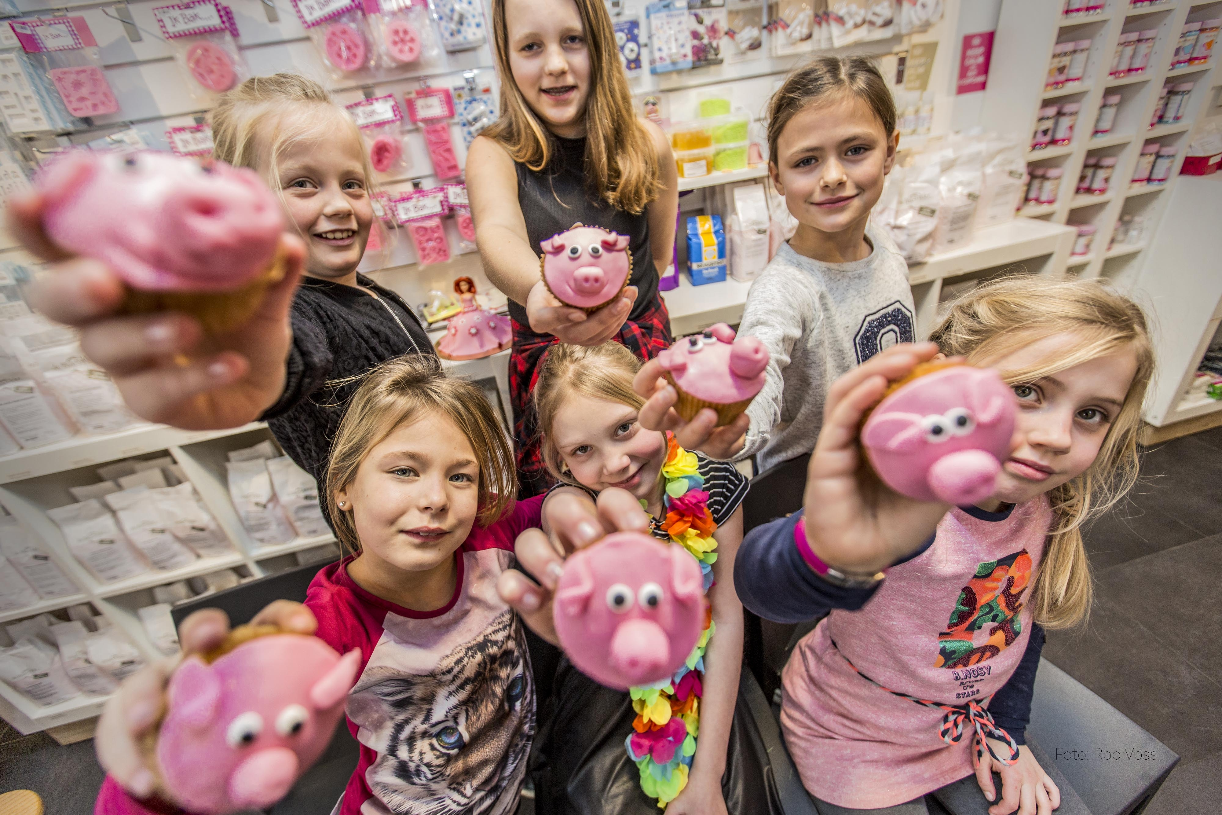 Cupcakes maken tijdens primeur Uitgesteld Kinderfeestje