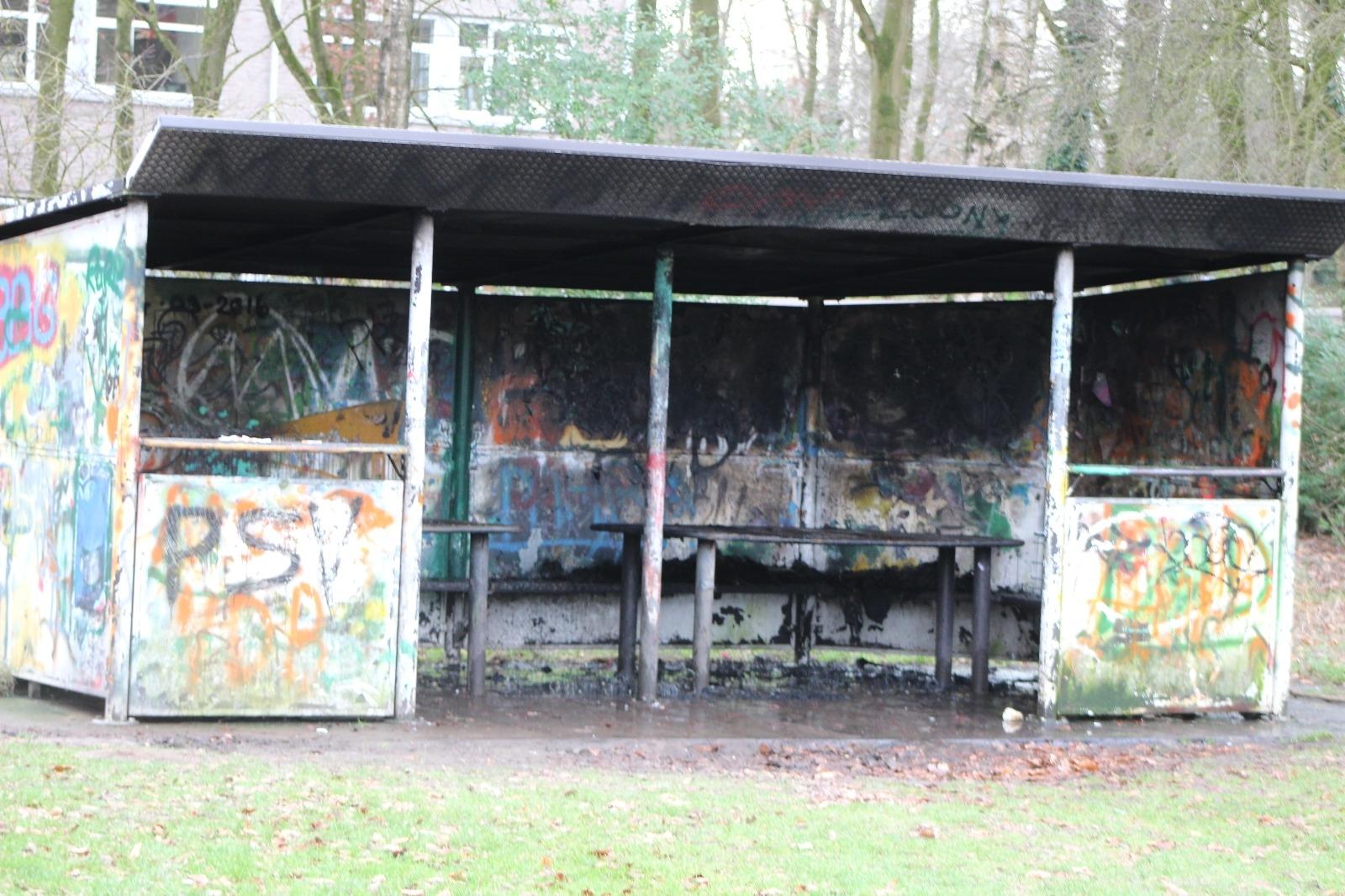 Brandstichting in park