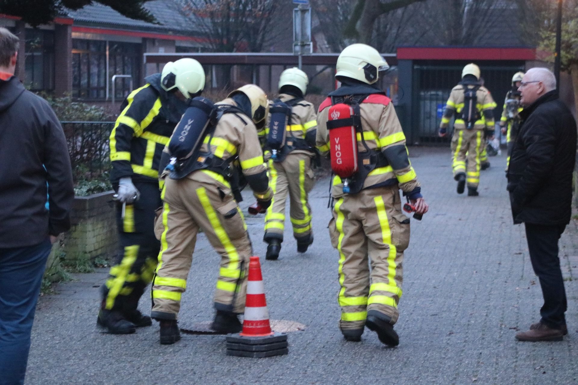 Terpentine lucht in riool zorgt voor inzet brandweer
