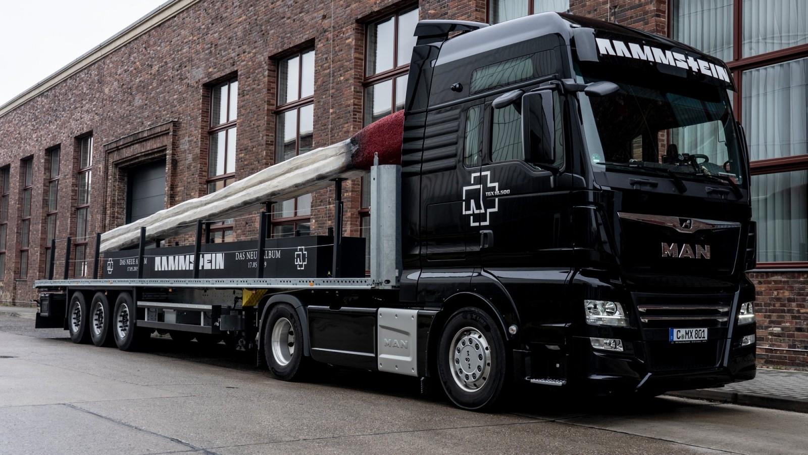 Rammstein Lucifer Truck Tour 2019 exclusief bij MediaMarkt Apeldoorn