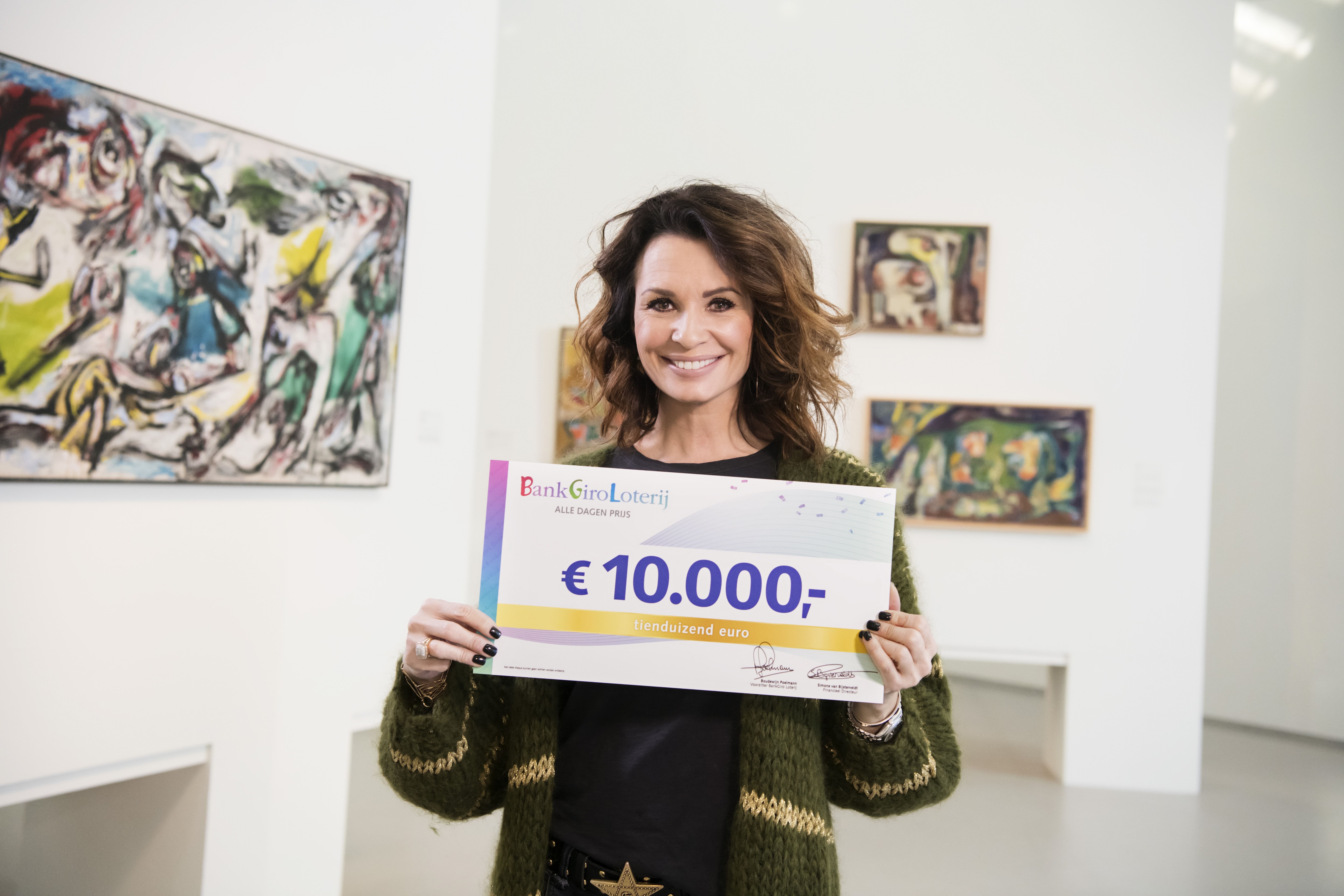 Joyce uit Bathmen verrast met 10.000 euro van BankGiro Loterij