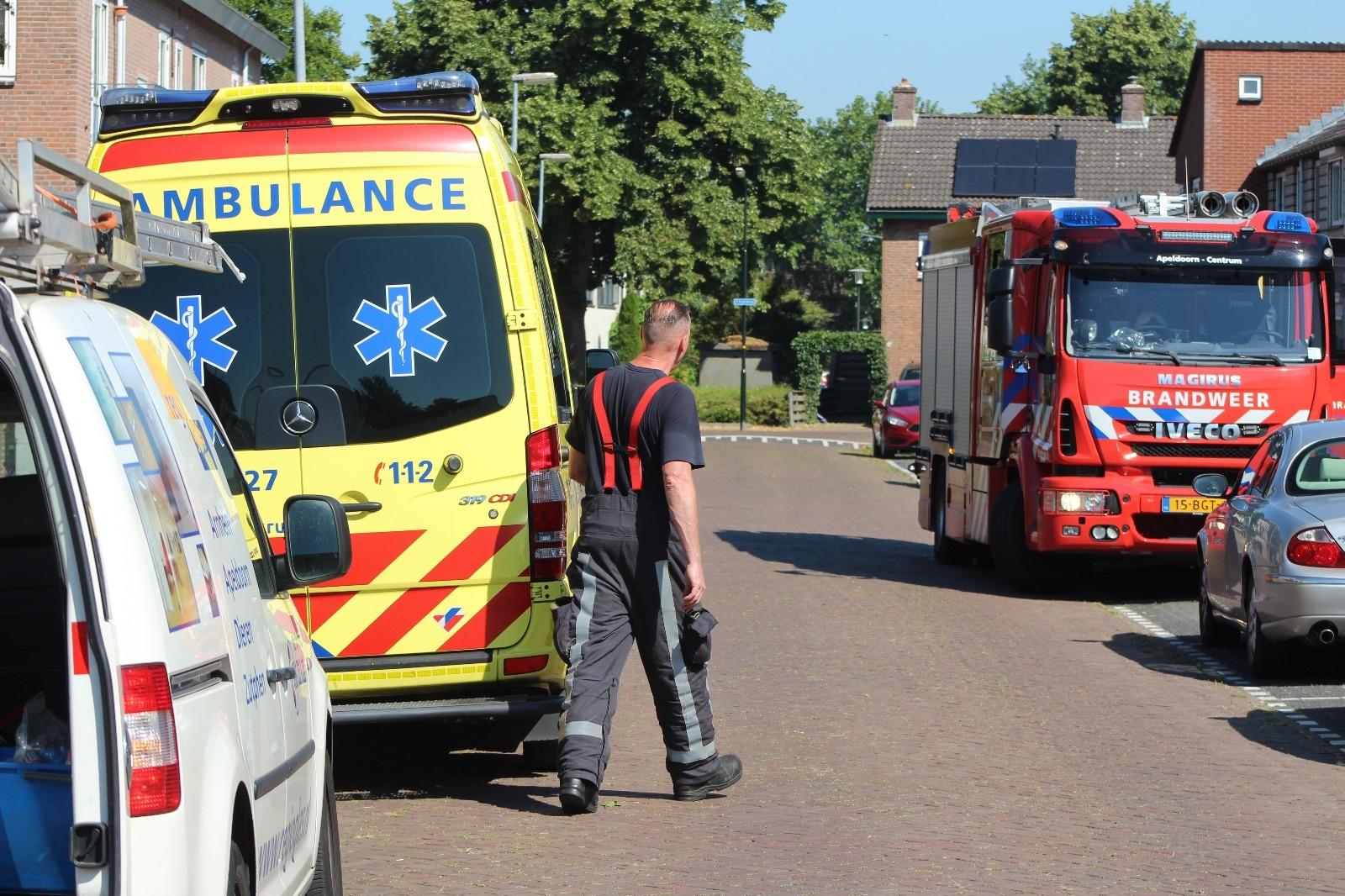Brandweer assisteert ambulance