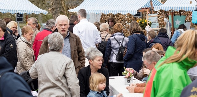 Boerenmarkt in Hoenderloo voor jong en oud