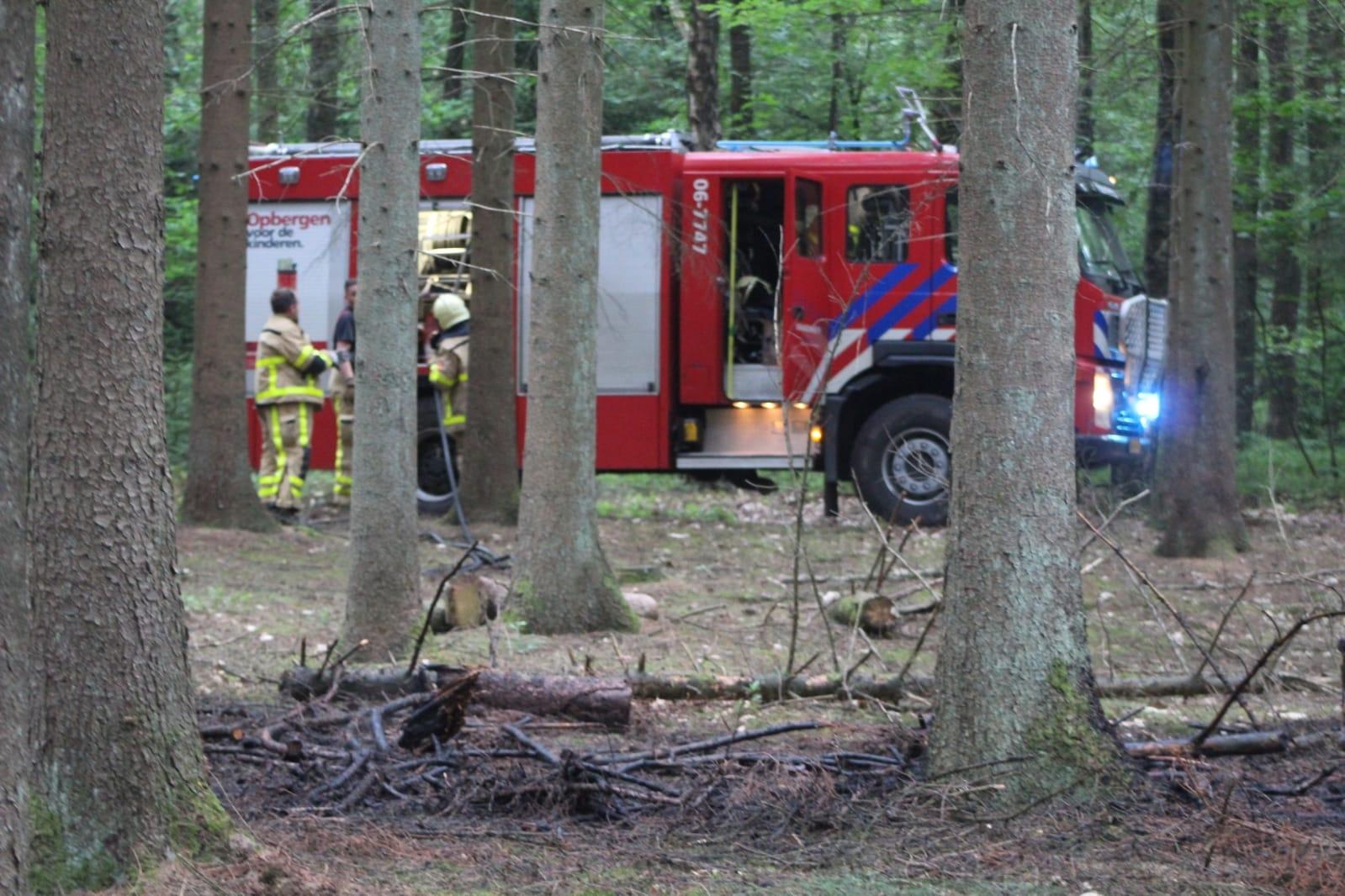 Beginnende bosbrand in Hoenderloo