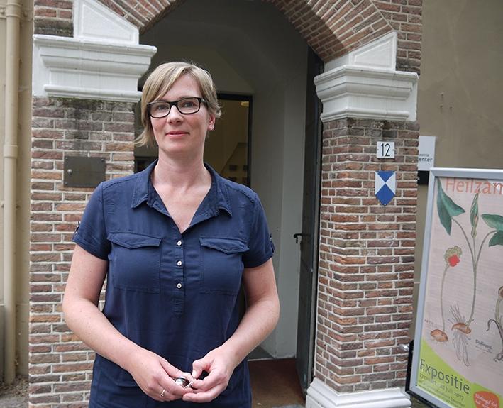 Suzan Folkerts nieuweconservator Athenaeumbibliotheek