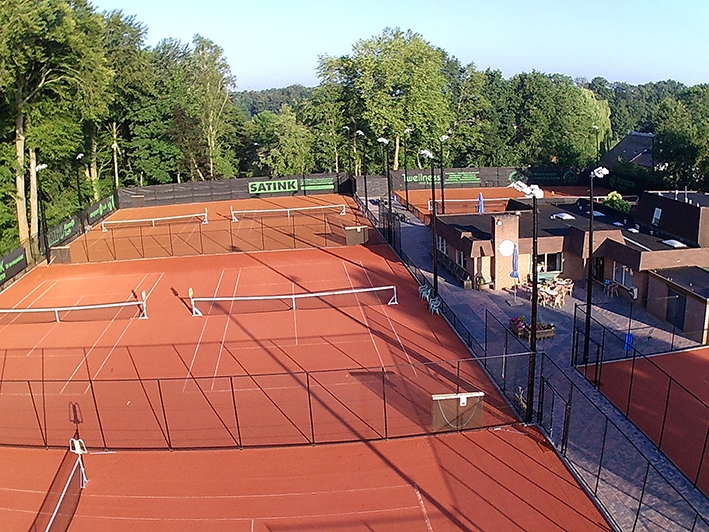 Beste junioren tennissen in Twello