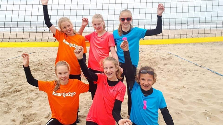 Dynamo start met beachvolleybal