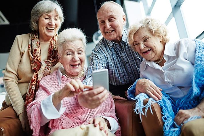 Wifi op vakantie voor senioren onmisbaar
