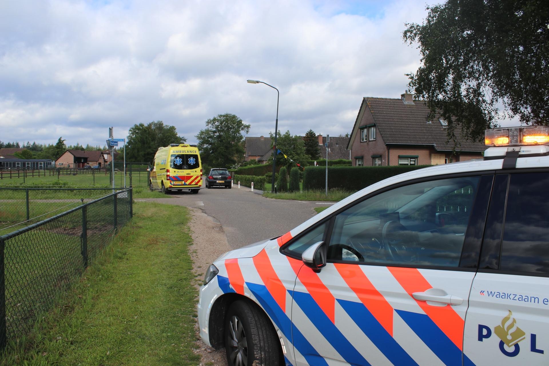 Scooterrijder gewond na botsing met auto in Wenum Wiesel