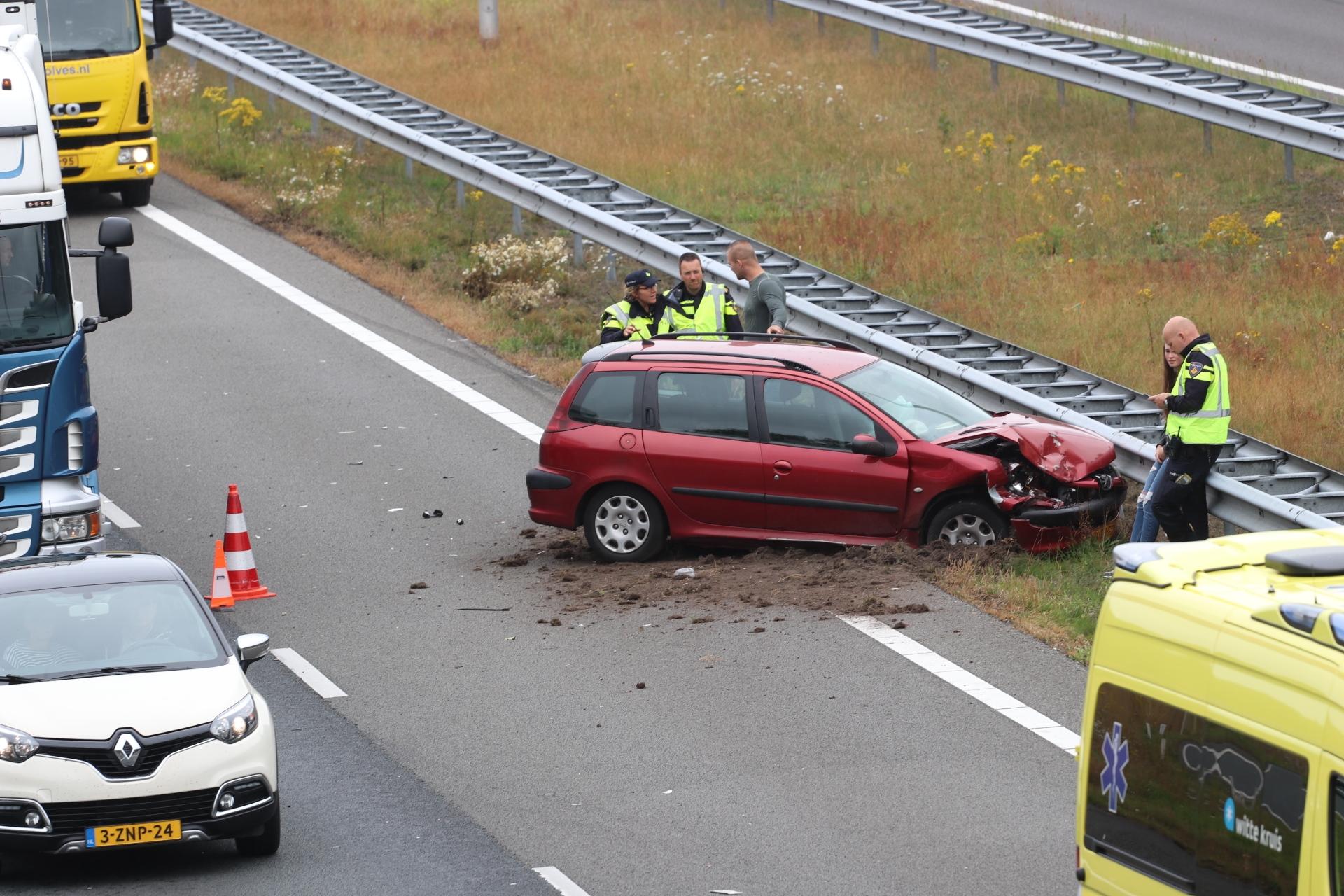 Ravage na ongeval op de A50 bij Epe